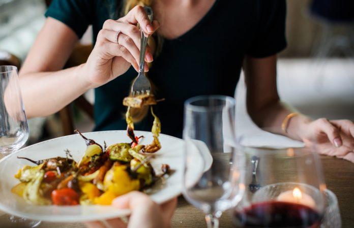 W jakim lokalu dobrze zjeść w Tarnowie?
