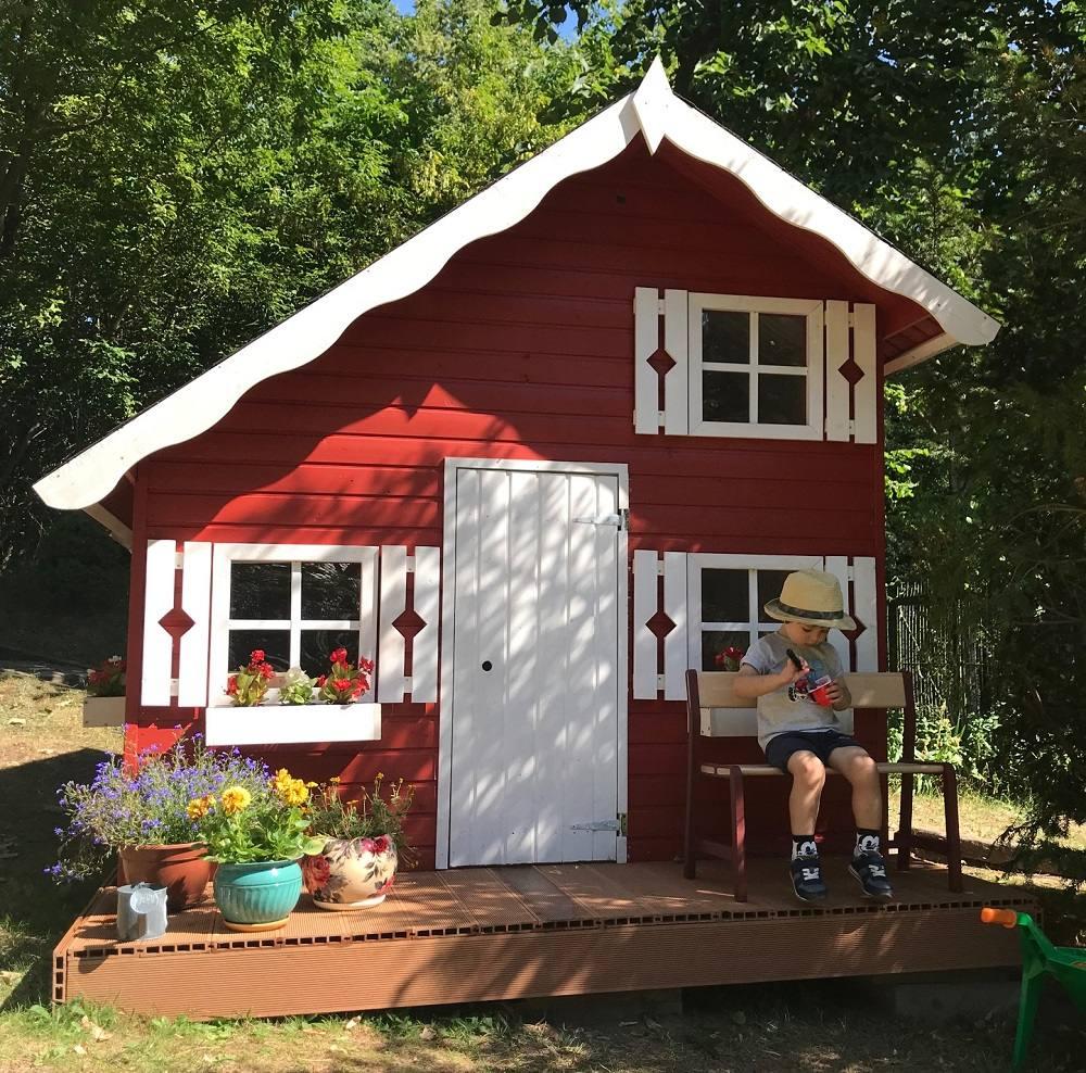 drewniany-domek-dla-dzieci-stas