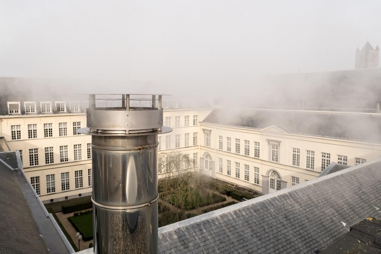 Co jest istotne przy wyborze dachowego kominka wentylacyjnego?